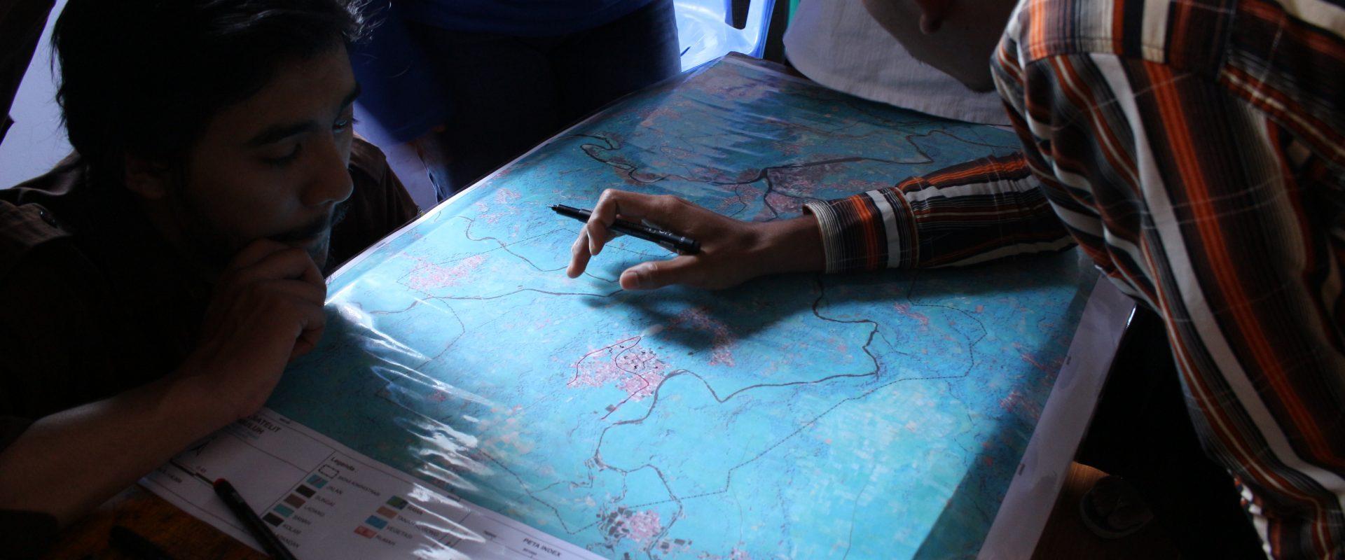 Membuat Peta Tematik Desa Cibuluh untuk Mengabdi Pada ...